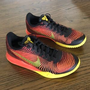 🤴🏻Men's Nike Kobe Flyknit- Gently Worn 🤴🏻